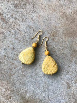 P'kgar Handmade Ceramic Earrings – Turmeric